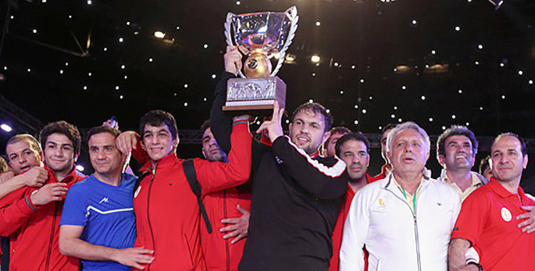 Iran wrestlers win